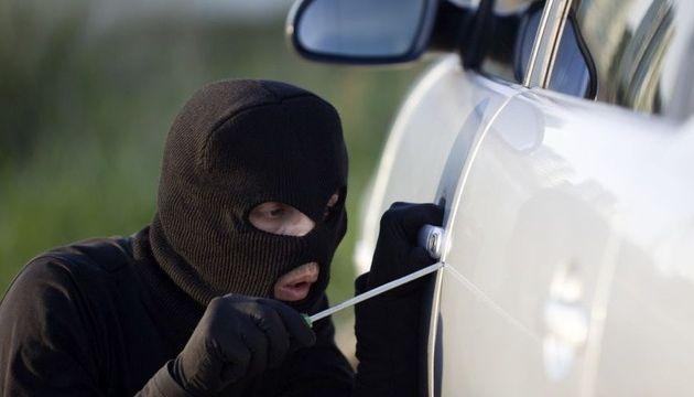 Xe mới hoặc giá trị cao nên mua bảo hiểm chống mất cắp xe ô tô